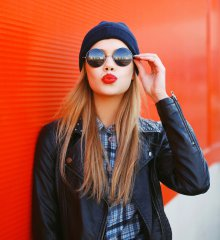 problemes-rouge-a-levres-rouge-fille-style-bonnet-duckface