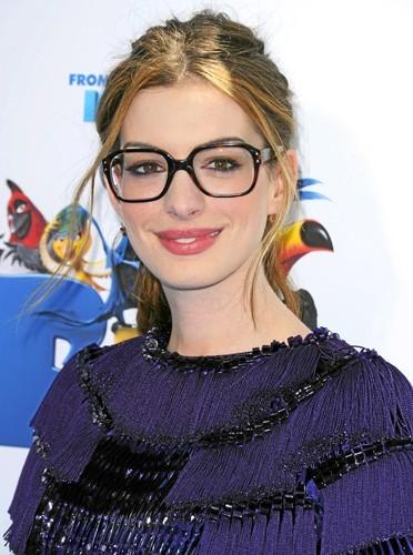 j-ai-des-lunettes-oversize-comme-anne-hathaway_portrait_w674